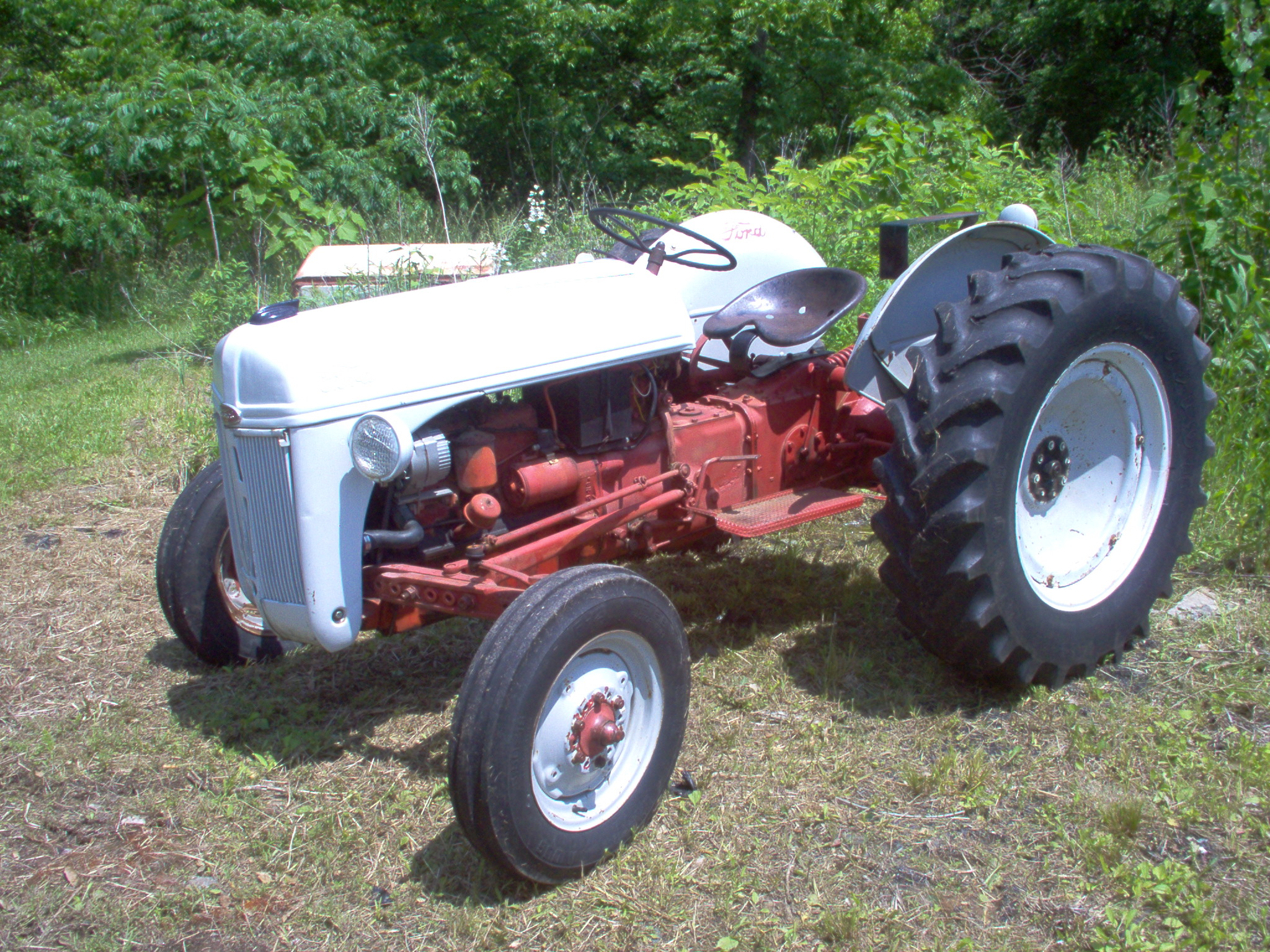 Ford Farm Tractors : Small ford farm tractors