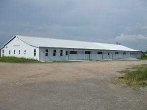 Clark Missouri Produce Auction House